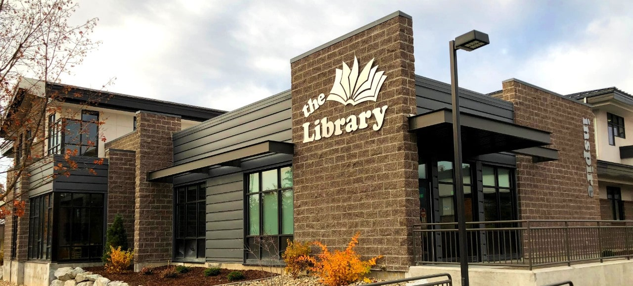 front corner view of the Sandpoint library